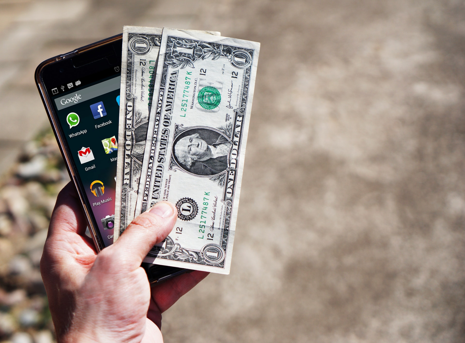 3 Apps To Help You Keep Track Of Your Money preview image